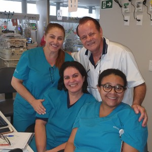 Drs. Vera, Paulo R. Margotto, Sandra Lins e Marta DR de Moura (UTI Neonatal do Hospital Santa Lúcia, em 7/3/2020)